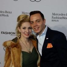 Mit der deutschen Burlesque Königin Marlene von Steenvag auf der Fahsion Week Berlin