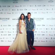 Mona Schafnitzl, Model & Vize Miss Deutschland mit Wolf-Thomas Karl auf dem Red Carpet
